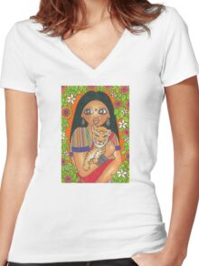 Amar Women's Fitted V-Neck T-Shirt