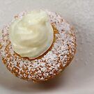 Lemon Joghurt Mini Muffin  by SmoothBreeze7