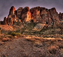 Dusk in the Superstitions by Sue  Cullumber
