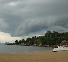 Malawi: thunderstorm at the lakeshore by Anita Deppe
