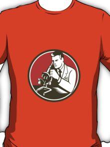 Scientist Lab Researcher Chemist Microscope Retro T-Shirt