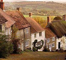 A mellow dusk at Gold Hill, Shaftesbury, Dorset by Peter Vines