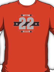 B-day 22 (Light&Darkgrey) T-Shirt