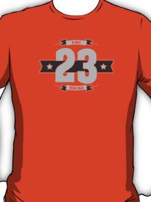 B-day 23 (Light&Darkgrey) T-Shirt