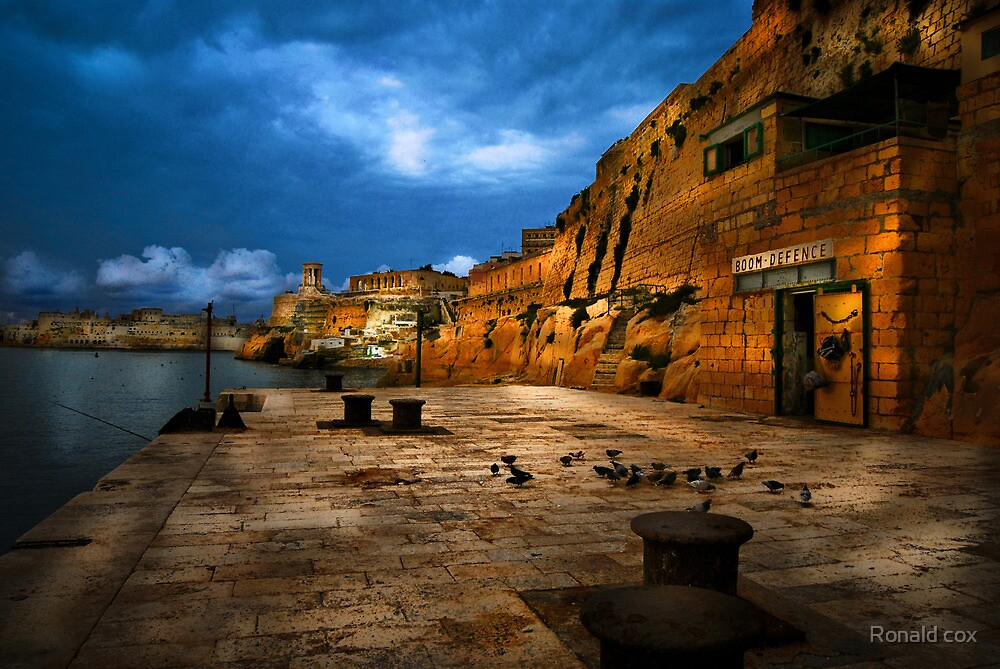 Valletta Point (4) by Ronald cox