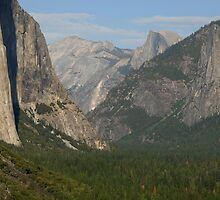 Yosemite ~ late summer by Richard  Stanley