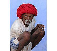 RED TURBAN - RAJASTHAN Photographic Print