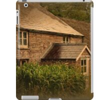 Craswell cottage iPad Case/Skin