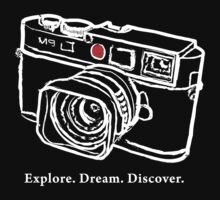 Leica M9 red dot rangefinder camera T-Shirt by leicadream