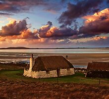 End of the day at Traigh Bhalaigh  by Fraser Ross