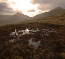 On the way to Pen-y-fan by gimmeshelter