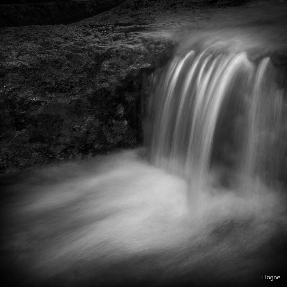 vannfall by Hogne