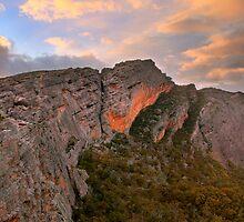 Mt Stapylton, Grampians, Australia by Michael Boniwell