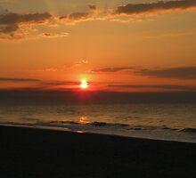 dark sunrise by gregoryletts