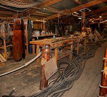 Cluttered rigging workshop by steppeland