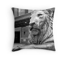 King George Square lion Throw Pillow
