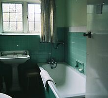 Vintage Bathroom by Jo Alfie Wimborne