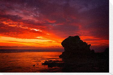Afterglow - Pt Lonsdale by Hans Kawitzki