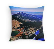 You can climb mountains Throw Pillow