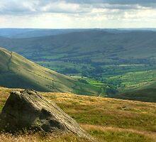Edale: The Peak District by Steven  Lee