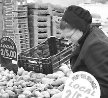Fresh Produce by Lynn  Gibbons