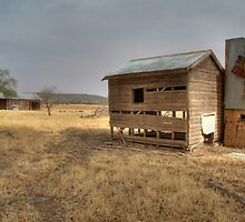Old house near Cowra by Bryan Cossart