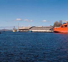 Franklin Wharf - Hobart - Tasmania by Paul Gilbert