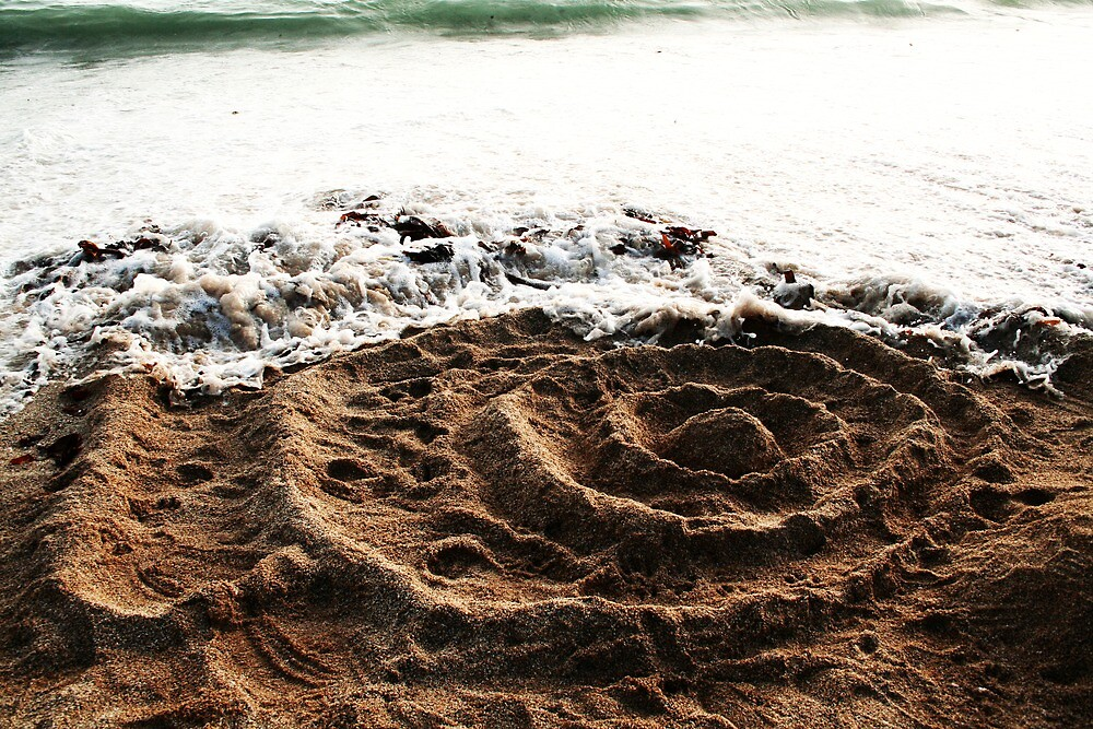 Rings In The Sand by miametro