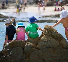 Friends at the beach - Quicksilver Pro - Gold Coast - Australia by Anthony Wilson