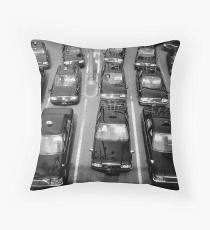 Taxicabs - Toyko Throw Pillow