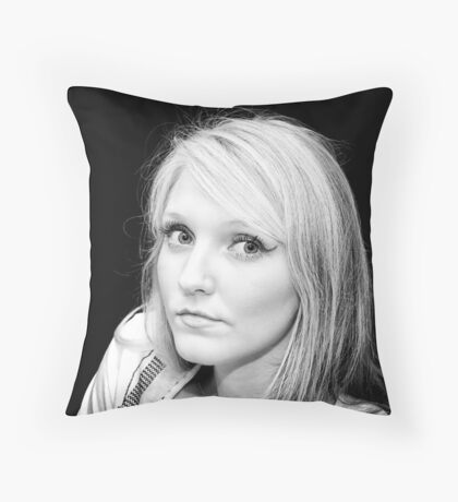 Eyes that follow Throw Pillow