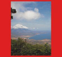 an inspiring Nicaragua landscape Kids Tee
