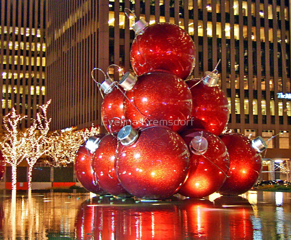 Christmas in New York City by Evelina Kremsdorf