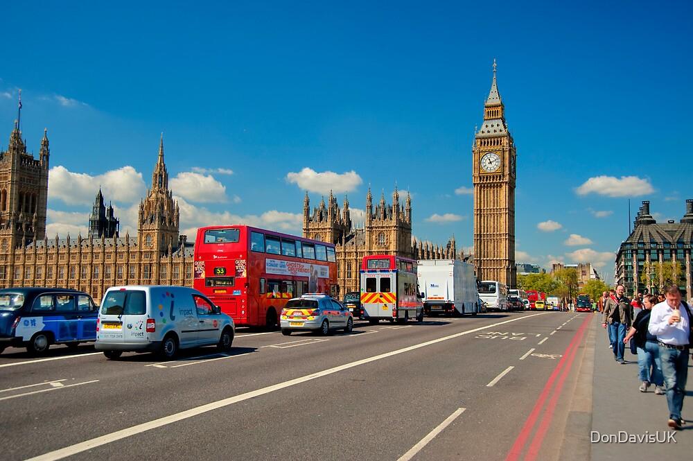 Westminster Bridge: Showing Big Ben by DonDavisUK