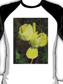 Raindrop Jewels on Sunshine Yellow Frilled Tulips  T-Shirt