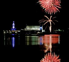 Corio Bay lights up by Lisa  Kenny