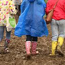 Glastonbury - Mud and Colour by RedSteve