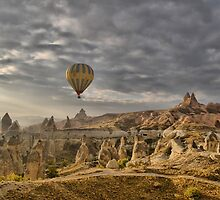 Hot Air Ballooning in Capadocia, Turkey by Pierre Vandewalle