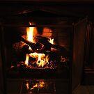 Crackling Fire by mltrue