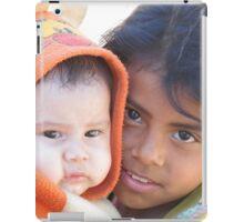 Little babysitter - jovencita canguro  iPad Case/Skin