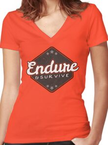 Endure and Survive - The Last of Us Women's Fitted V-Neck T-Shirt