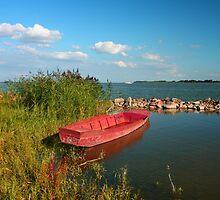 Csónak (a boat) by zumi