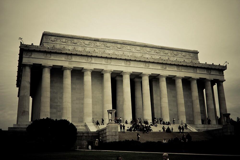 Lincoln Memorial by Joe McTamney