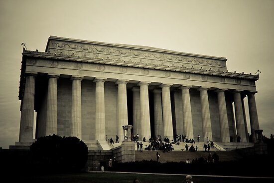 Lincoln Memorial by Joe McTamney