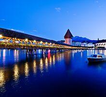 Luzern at dusk by Mario Curcio