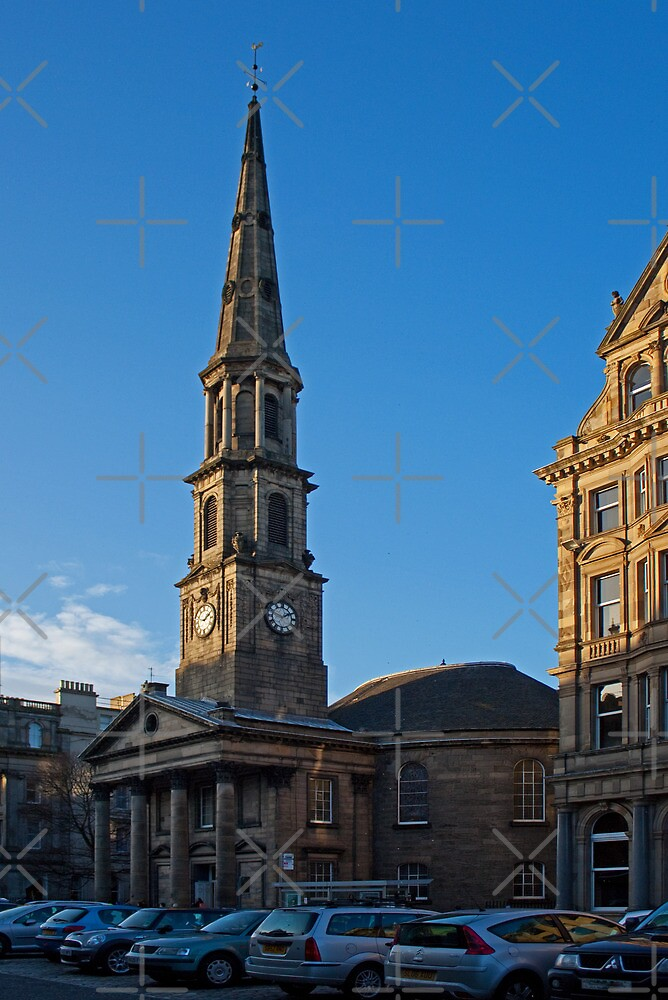 St Andrew's & St George's by Tom Gomez