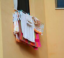 Laundry by portosabbia