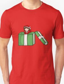 Chibi in a christmas box Unisex T-Shirt