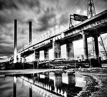Bolte Bridge reflection by Geraldine Lefoe