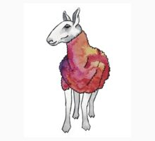 Psychedelic sheep: Blue Faced Leicester, red/violet T-Shirt